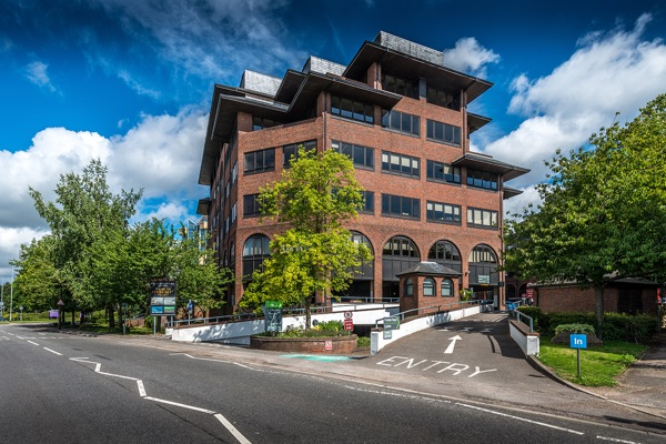 Offices To Let Borehamwood Limelight Borehamwood Wd6 1jh