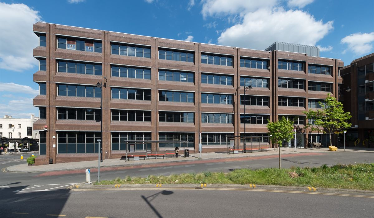Offices To Let Wallington Carew House Railway Approach