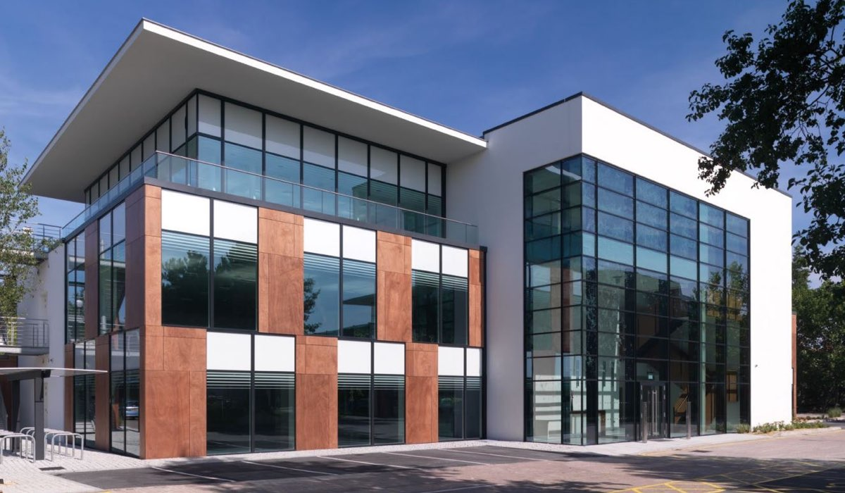 Offices To Let Maidenhead Building 7 Foundation Park Roxborough Way Maidenhead Sl6 3ud