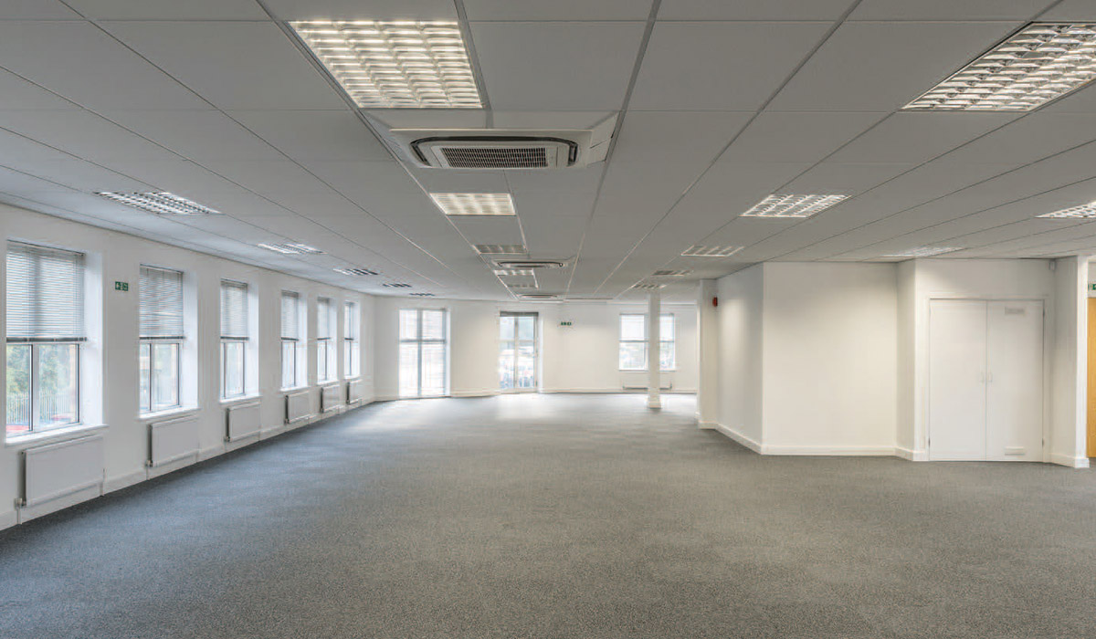hert mid2 - Hertford & Middlesex House, Meadway Corporate Centre, Stevenage, SG1 2EF