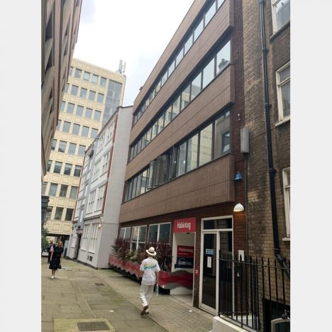 Holyher House 468x468 - Holyer House, 20-21 Red Lion Court, London EC4